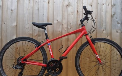 Raleigh Strada 1 Red – £250